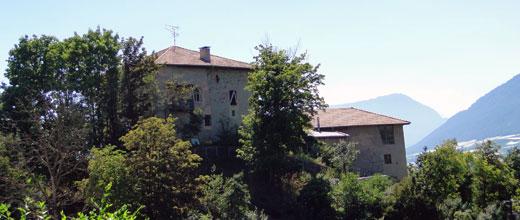 Castello di vasio a fondo for Castel vasio